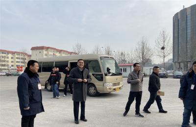 青岛市商务局党委委员、副局长郭健莅临城阳批发市场视察指导政府储备商品组织投放工作
